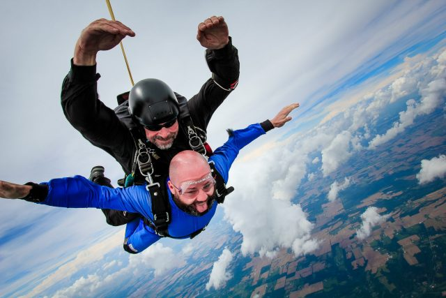 Vince Alonzo Skydiving